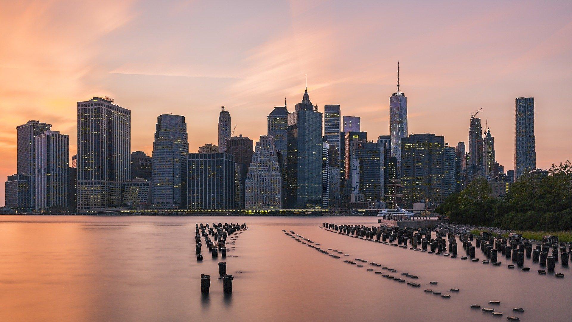 En jeremiasbeltran.com somos especialistas en la creación de diseño de página web en Nueva York, una ciudad distrito muy poblada que cuenta con algunos de los principales centros comerciales y financieros del mundo,